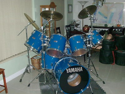 Not quite my kit, it's close, and the color (Cobalt Blue) is right.